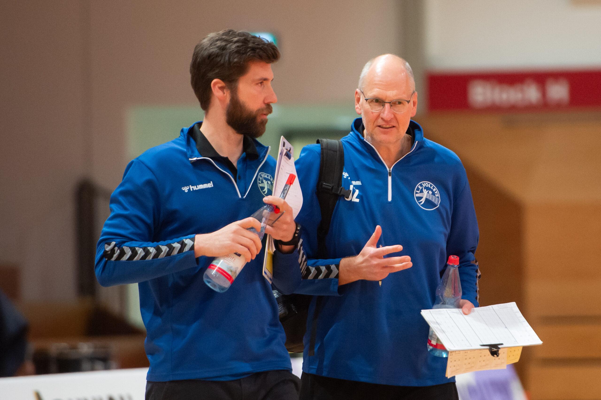 Volleys Trainer Christoph Rascher und Volleys Co-Trainer Jan Zangrando   L.E. Volleys Leipzig vs FT 1844 Freiburg, Volleyball, 2.Liga, 13.03.2021